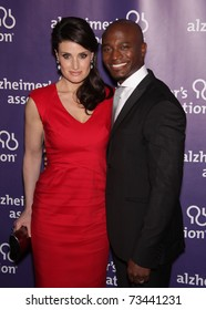 """LOS ANGELES - MAR 16:  Idina Menzel & Taye Diggs arrive at the 19th Annual """"A Night at Sardi's"""" Fundraiser & Awards on March 16, 2011 in Beverly Hills, CA"""