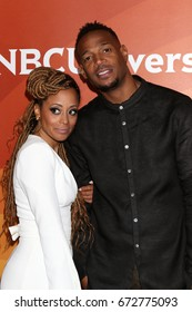 LOS ANGELES - MAR 20:  Essence Atkins, Marlon Wayans at the NBCUniversal Summer Press Day at Beverly Hilton Hotel on March 20, 2017 in Beverly Hills, CA