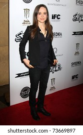 """LOS ANGELES - MAR 21:  Ellen Page arriving at the """"Super"""" Premiere at Egyptian Theater on March 21, 2011 in Los Angeles, CA"""