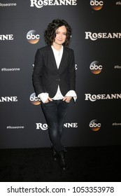 "LOS ANGELES - MAR 23:  Sara Gilbert at the ""Roseanne"" Premiere Event at Walt Disney Studios on March 23, 2018 in Burbank, CA"