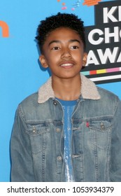 LOS ANGELES - MAR 24:  Miles Brown at the 2018 Kid's Choice Awards at Forum on March 24, 2018 in Inglewood, CA