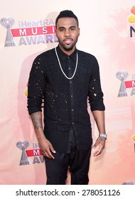 LOS ANGELES - MAR 29:  Jason Derulo arrives to the 2015 iHeartRadio Music Awards  on March 29, 2015 in Hollywood, CA