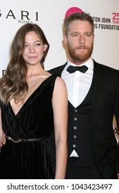 LOS ANGELES - MAR 4:  Analeigh Tipton, Jake McDorman at the 2018 Elton John AIDS Foundation Oscar Viewing Party at the West Hollywood Park on March 4, 2018 in West Hollywood, CA