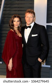 LOS ANGELES - MAR 4:  Emily Ratajkowski, Sebastian Bear-McClard at the 24th Vanity Fair Oscar After-Party at the Wallis Annenberg Center for the Performing Arts on March 4, 2018 in Beverly Hills, CA