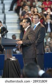 LOS ANGELES - MARCH 19: L.A. mayor Antonio Villaraigosa (left) and California governor Arnold Schwarzenegger introduce President Barack Obama on March 19, 2009 in Los Angeles.