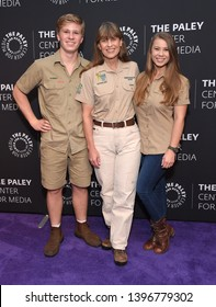 LOS ANGELES - MAY 03:  Robert Irwin, Terri Irwin and Bindi Irwin arrives for An Evening with the Irwins on May 03, 2019 in Beverly Hills, CA