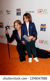 LOS ANGELES - MAY 10:  Selma Blair, Arthur Saint Bleick at the Race to Erase MS Gala at the Beverly Hilton Hotel on May 10, 2019 in Beverly Hills, CA