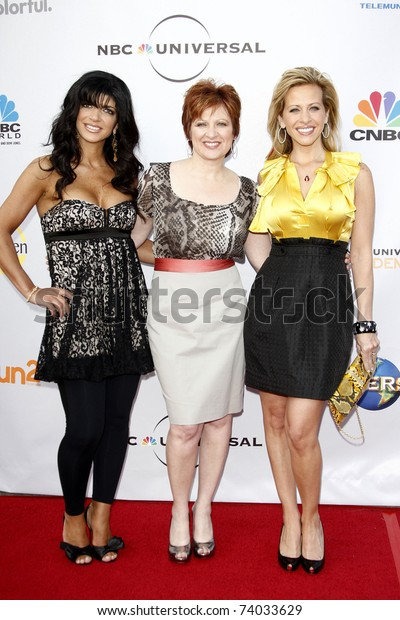 """LOS ANGELES - MAY 12:  Teresa Giudice, Caroline Manzo and Dina Manzo at The Cable Show 2010 """"An Evening with NBC Universal"""" held at Universal Studios Hollywood in Los Angeles, CA on May 12, 2010."""