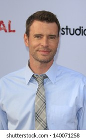 """LOS ANGELES - MAY 16:  Scott Foley arrives at """"An Evening with 'Scandal' at the Leonard H. Goldenson Theater on May 16, 2013 in No. Hollywood, CA"""