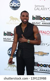 LOS ANGELES -  MAY 19:  Jason Derulo arrives at the Billboard Music Awards 2013 at the MGM Grand Garden Arena on May 19, 2013 in Las Vegas, NV