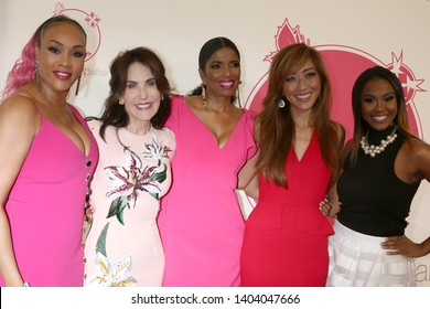 LOS ANGELES - MAY 19:  Vivica A Fox, Robin McGraw, Areva Martin, Judy Ho, Nita Landry at the 11th Annual A Pink Pump Affair at the Beverly Hilton Hotel on May 19, 2019 in Beverly Hills, CA