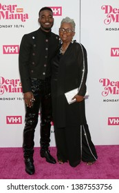 """LOS ANGELES - MAY 2:  Luke James, mother at the """"Dear Mama: A Love Letter to Mom"""" VH1 Special at The Theatre at Ace Hotel on May 2, 2019 in Los Angeles, CA"""