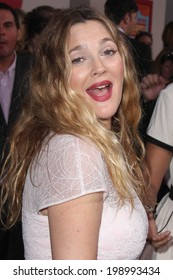 """LOS ANGELES - MAY 21:  Drew Barrymore at the """"Blended"""" Premiere at TCL Chinese Theater on May 21, 2014 in Los Angeles, CA"""