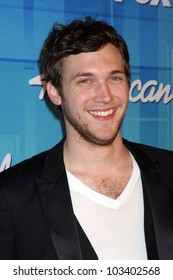 """LOS ANGELES - MAY 23:  Phillip Phillips -  Winner of Season 11 American Idol in the Press Room of the """"American Idol 2012"""" Finale at Nokia Theater on May 23, 2012 in Los Angeles, CA"""