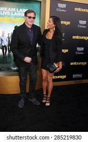 """LOS ANGELES - MAY 27:  Bob Saget at the """"Entourage"""" Movie Premiere at the Village Theater on May 27, 2015 in Westwood, CA"""