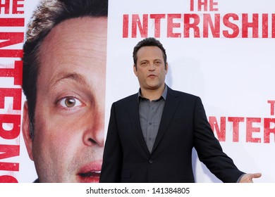 """LOS ANGELES - MAY 29:  Vince Vaughn arrives at the """"Internship"""" Premiere at the Village Theater on May 29, 2013 in Westwood, CA"""