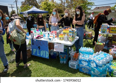 LOS ANGELES - MAY 30, 2020: Free Food And Free Drink Is Being Provided During The Protest March Against Police Violence Over Death Of George Floyd.