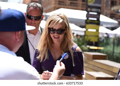 LOS ANGELES - MAY 4: Reese Witherspoon at the Goldie Hawn & Kurt Russell Hollywood walk of fame Star receiving ceremony at Hollywood Blvd on May 4, 2017 in Los Angeles, CA.