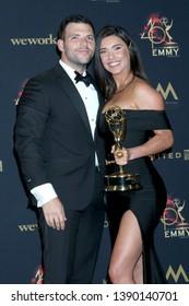 LOS ANGELES - MAY 5:  Elan Ruspol, Jacqueline MacInnes Wood at the 2019  Daytime Emmy Awards at Pasadena Convention Center on May 5, 2019 in Pasadena, CA