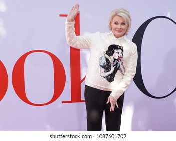 LOS ANGELES, May 6th, 2018: Actress Candice Bergen at the premiere of the movie Book Club, held at the Westwood Village Theatre in Westwood, Los Angeles, California on Sunday May 6th, 2018.