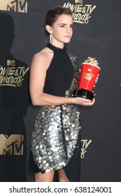 LOS ANGELES - MAY 7:  Emma Watson at the MTV Movie and Television Awards on the Shrine Auditorium on May 7, 2017 in Los Angeles, CA