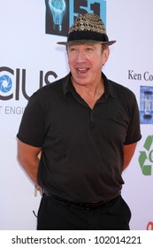 LOS ANGELES - MAY 7:  Tim Allen arrives at the 5th Annual George Lopez Celebrity Golf Classic at Lakeside Golf Club on May 7, 2012 in Toluca Lake, CA
