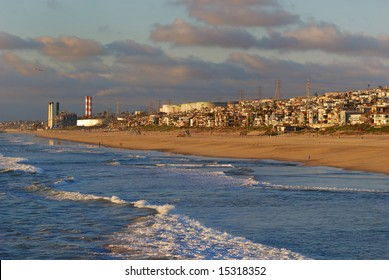 Los Angeles meets the Pacific Ocean