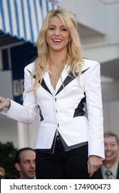 LOS ANGELES - NOV 08:  Shakira arrives to the Walk of Fame Ceremony for Shakira  on November 08, 2011 in Hollywood, CA