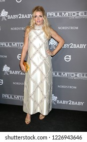 LOS ANGELES - NOV 10:  Busy Philipps at the 2018 Baby2Baby Gala at the 3Labs on November 10, 2018 in Culver City, CA