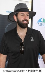 LOS ANGELES - NOV 10:  Josh Kelley at the Third Annual Celebrity Golf Classic to Benefit Melanoma Research Foundation at the Lakeside Golf Club on November 10, 2014 in Burbank, CA