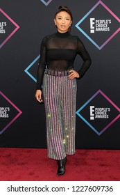 LOS ANGELES - NOV 11:  Jeannie Mai at the People's Choice Awards 2018 at the Barker Hanger on November 11, 2018 in Santa Monica, CA