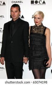 """LOS ANGELES - NOV 13:  Gavin Rossdale, Gwen Stefani arrive at the MOCA's Annual Gala """"The Artist's Museum Happening"""" 2010 at Museum of Contemporary Art on November 13, 2010 in Los Angeles, CA"""
