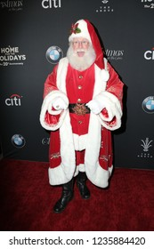 LOS ANGELES - NOV 18:  Santa Claus at the Grove Christmas Tree Lighting at the Grove on November 18, 2018 in Los Angeles, CA