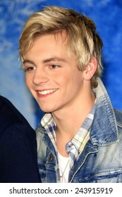 LOS ANGELES - NOV 19: Ross Lynch at the premiere of Walt Disney Animation Studios' 'Frozen' at the El Capitan Theater on November 19, 2013 in Los Angeles, CA