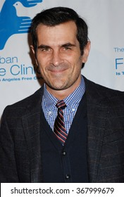 LOS ANGELES - NOV 19 - Ty Burrell arrives at the 36th Annual Saban Free Clinic Dinner Gala on November 19, 2012 in Beverly Hills, CA