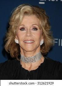 LOS ANGELES - NOV 2:  Jane Fonda arrives at the LACMA 2013 Art and Film Gala  on November 2, 2013 in Los Angeles, CA