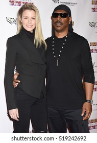 """LOS ANGELES - NOV 20:  Eddie Murphy and Paige Butcher arrives to the """"SUBCONSCIOUS"""" by Bria Murphy Gallery Opening  on November 20, 2016 in Hollywood, CA"""