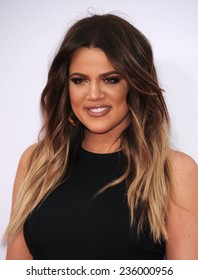 LOS ANGELES - NOV 23:  Khloe Kardashian arrives to the 2014 American Music Awards on November 23, 2014 in Los Angeles, CA