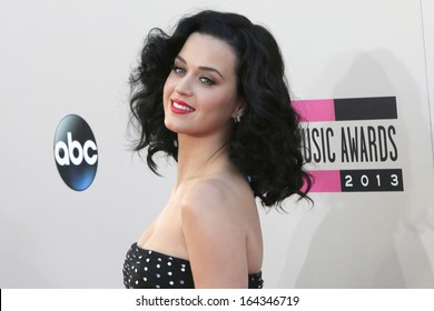 LOS ANGELES - NOV 24: Katy Perry at the 2013 American Music Awards at Nokia Theater L.A. Live on November 24, 2013 in Los Angeles, California