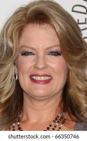 LOS ANGELES - NOV 30:  Mary Hart arrives at the Paley Center for Media Annual Los Angeles Gala Honoring Mary Hart & Al Michaels at Beverly Wilshire Hotel on November 30, 2010 in Beverly Hills, CA