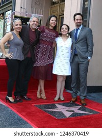 LOS ANGELES - NOV 30:  Vanessa Nadal, Lin-Manuel Miranda, Family at the Lin-Manuel Miranda Star Ceremony on the Hollywood Walk of Fame on November 30, 2018 in Los Angeles, CA