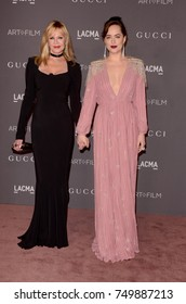 LOS ANGELES - NOV 4:  Melanie Griffith, Dakota Johnson at the LACMA: Art and Film Gala at the Los Angeles County Musem of Art on November 4, 2017 in Los Angeles, CA