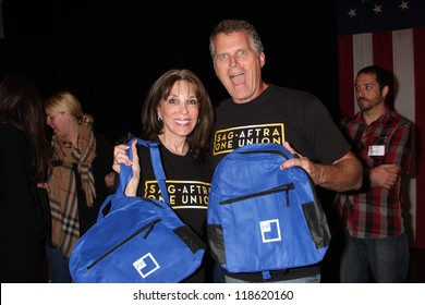 LOS ANGELES - NOV 9:  Kate Linder, Robert Newman at the Veterans Day Service Event to feed LA Children at Globe Theater at Universal Studios on November 9, 2012 in Los Angeles, CA