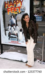 """LOS ANGELES - NOVEMBER 12: Constance Marie at the world premiere of """"Happy Feet"""" at Grauman's Chinese Theatre November 12, 2006 in Hollywood, CA."""