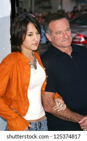 "LOS ANGELES - NOVEMBER 12: Robin Williams and Zelda Williams at the world premiere of ""Happy Feet"" at Grauman's Chinese Theatre November 12, 2006 in Hollywood, CA."