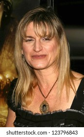 """LOS ANGELES - NOVEMBER 28: Catherine Hardwicke at the premiere of """"The Nativity Story"""" at Academy of Motion Picture Arts & Sciences on November 28, 2006 in Los Angeles, CA"""