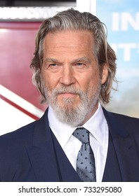 """LOS ANGELES - OCT 08:  Jeff Bridges arrives for the """"Only The Brave"""" Los Angeles Premiere on October 8, 2017 in Westwood, CA"""