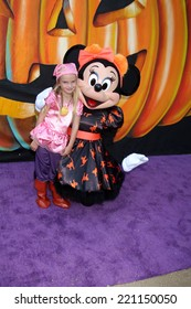 LOS ANGELES - OCT 1:  Mia Talerico, Minnie Mouse at the VIP Disney Halloween Event at Disney Consumer Product Pop Up Store on October 1, 2014 in Glendale, CA
