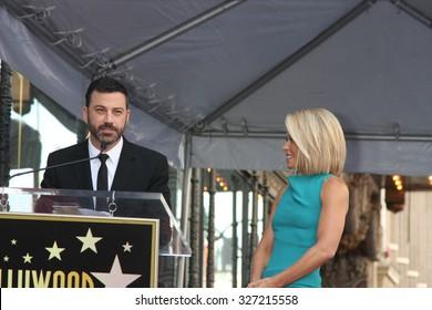 LOS ANGELES - OCT 12:  Jimmy Kimmel, Kelly Ripa at the Kelly Ripa Hollywood Walk of Fame Ceremony at the Hollywood Walk of Fame on October 12, 2015 in Los Angeles, CA