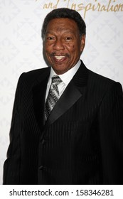LOS ANGELES - OCT 13:  Billy Davis Jr. at the 10th Alfred Mann Foundation Gala at Robinson-May Lot on October 13, 2013 in Beverly Hills, CA